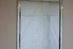 bevel-framed-mirror (angled corners)